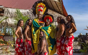 Moorea - Cérémonie VAIARII ROYALE au Tiki Village